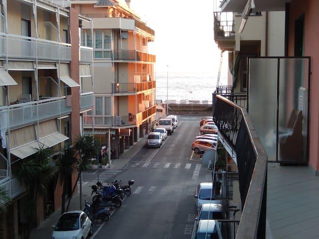 Appartamento Lavagna(Cavi) mare - Lavagna