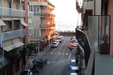 Appartamento Lavagna(Cavi) mare