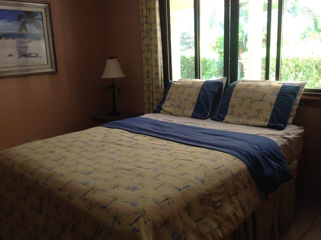 Bedroom With Double Bed - Pavones