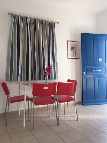 Καινούργιο διαμέρισμα στην Παροικια - Πάρος