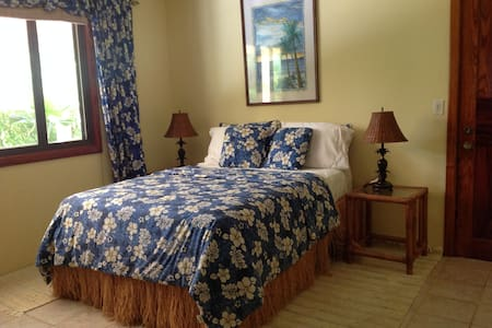 Salea Surf and Golf - Bed & Breakfast