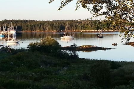 Sambro 2 Bdrm Oceanfront Staycation/Self Isolation