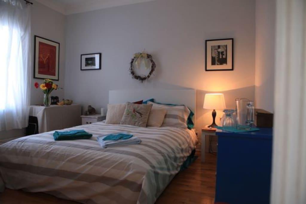 Chambre accueillante et reposante prix tr s bas for Louer une chambre sans fenetre