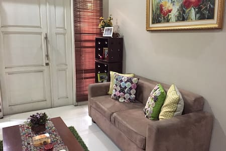 Nice room in central Jakarta  - Yakarta - Bed & Breakfast