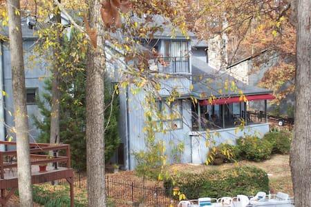 Memphis Lakehouse - Lakeland - Rumah