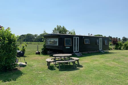 Lovely static caravan with views over lake