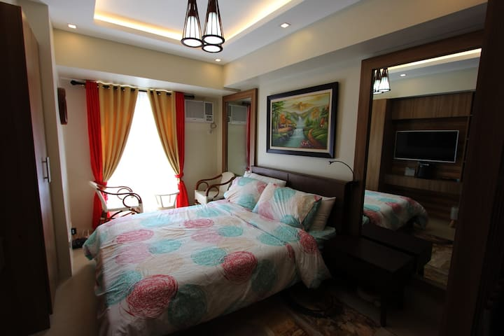Comfy Well Furnished Studio in Cebu IT Park