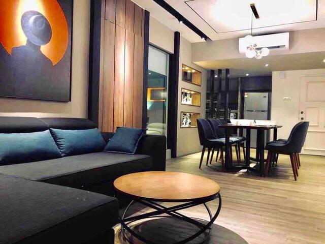 Superior Comfortable Stylish Condominium 新舒适时尚高级公寓