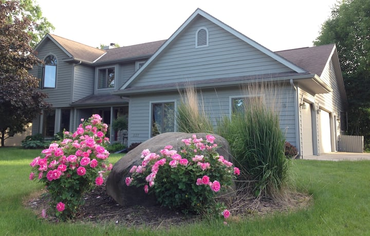 River Meadow Getaway in Sheboygan Falls