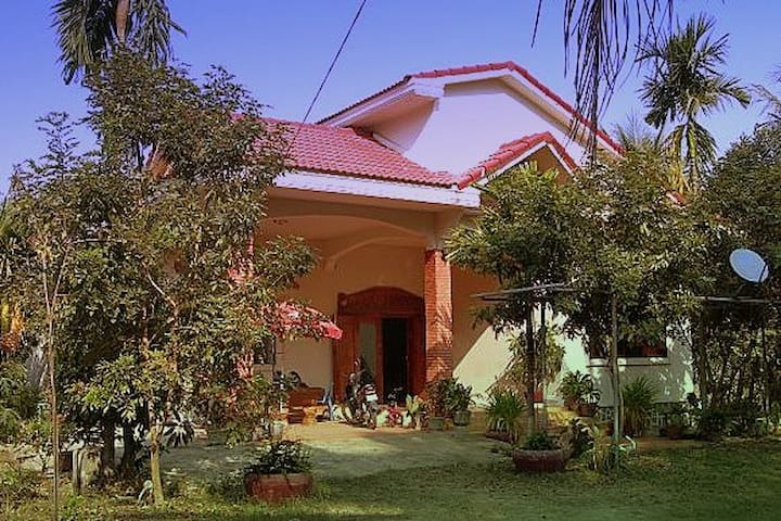 Khmer Villa, 3 bedrooms with pool - Siem Reap, Cambodia - Dom