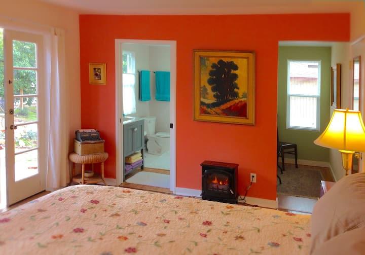 Cozy Clementine Cottage
