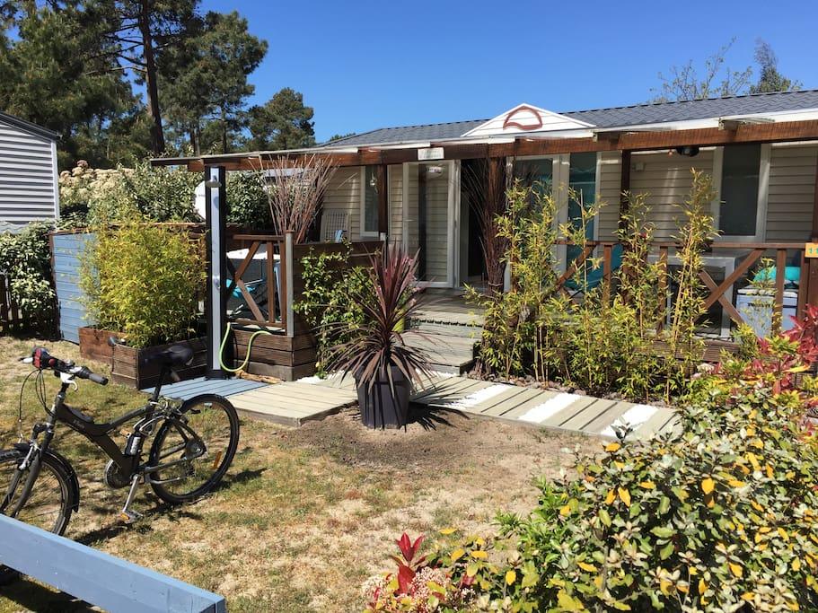 Joli mobil home lacanau oc an bungalows for rent in lacanau nouvelle aquitaine france - Camping les jardins du littoral lacanau ...