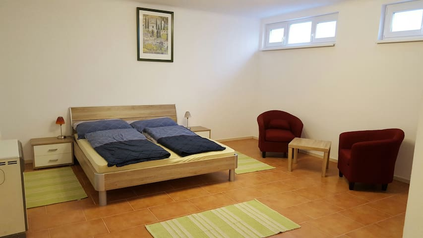 Appartement Kemi - Wiener Neustadt - Apartmen