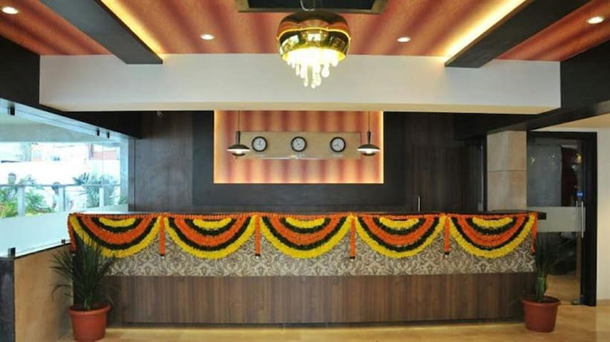 Hotel room near Lodha, on Shilphata road  Mumbra