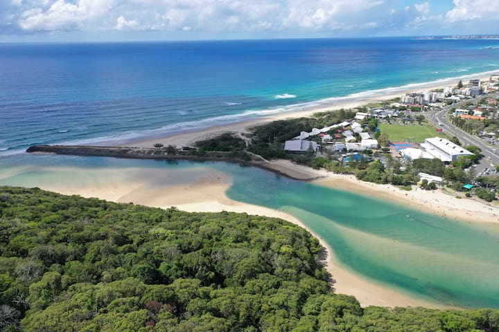 Beachside Bliss - Private access to creek