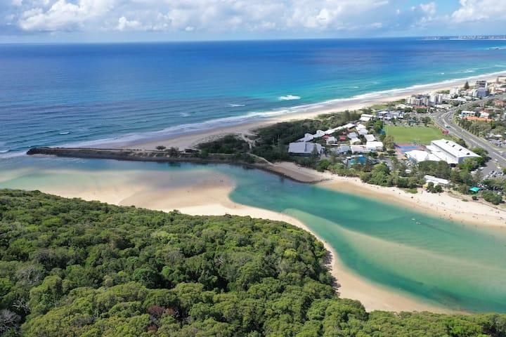 Beachside Bliss - Private access to beach