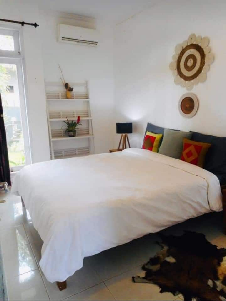 Room in sharing house close to canggu