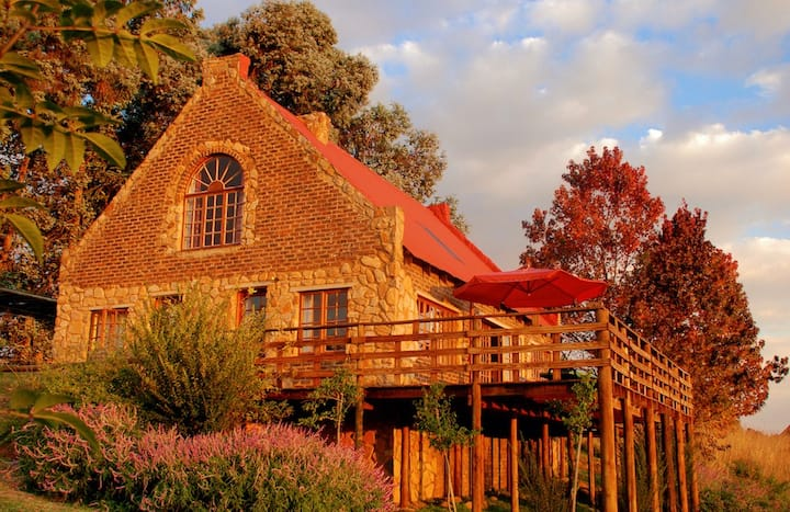 Millstream fly-fishing country cottages