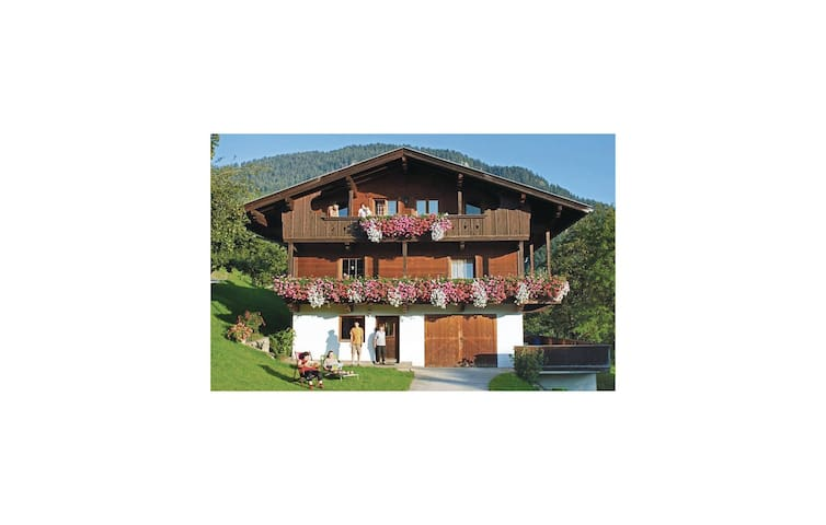 Holiday apartment with 3 bedrooms on 85 m² in Reith Im Alpbachtal