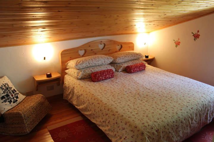 Villa Egle - Appartamento mansarda - Antrona Schieranco - Appartamento