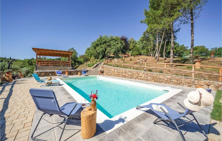 Semi-Detached with 3 bedrooms on 120m² in Monte San Savino -AR-