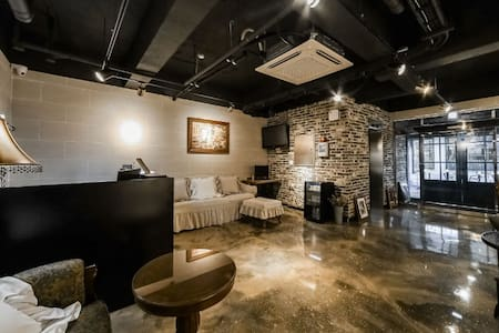 VALLAS mini hotel & guesthouse(Double Room1)