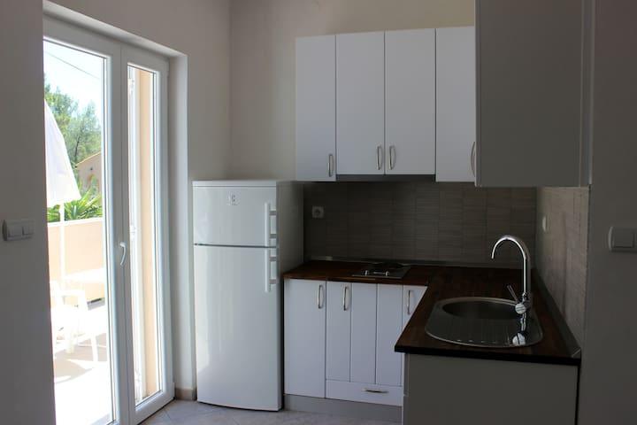 Apartmani SAN Vrboska Hvar Apartman 1