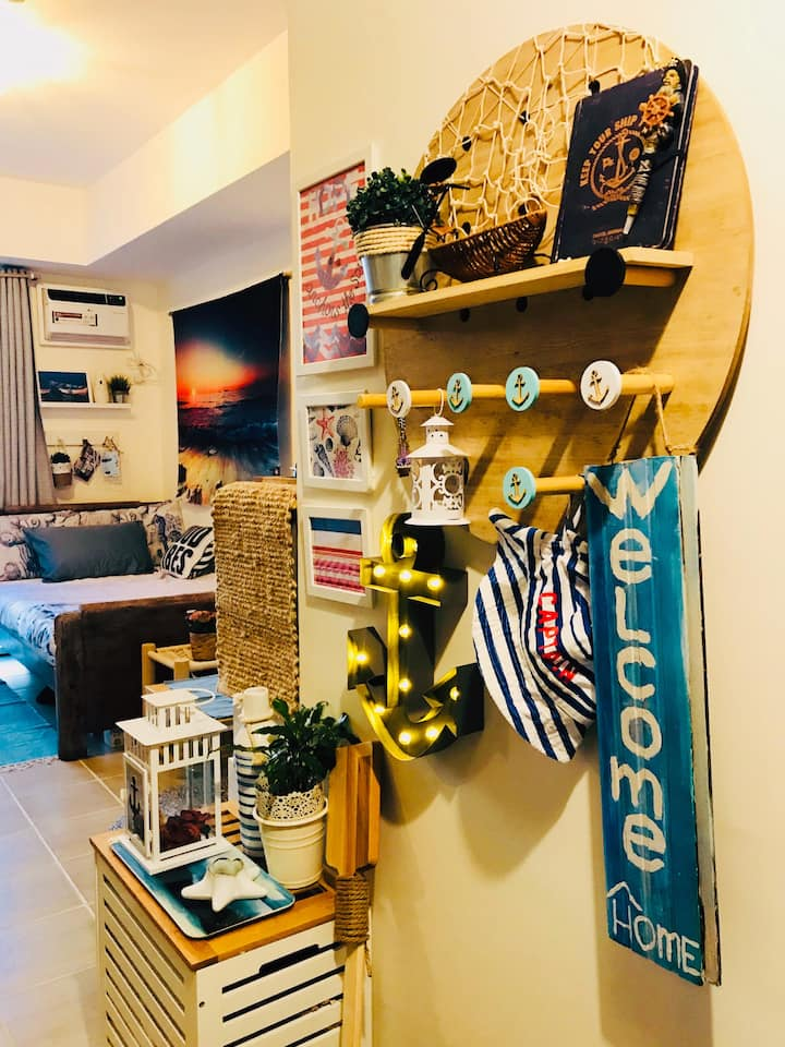 """Cosy Beach-Inspired Home in Pasig.""""SEAS THE DAY"""""""