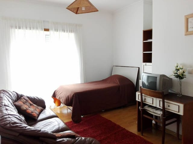 SUITE with Private WC / Coimbra-B