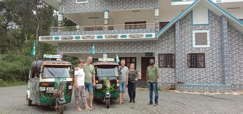 Welcome to Dr. Sanu's Memores Inn Homestay & Tours