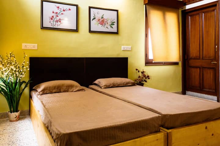 #3 Luxurious & Comfy Room Sector 8 Chandigarh