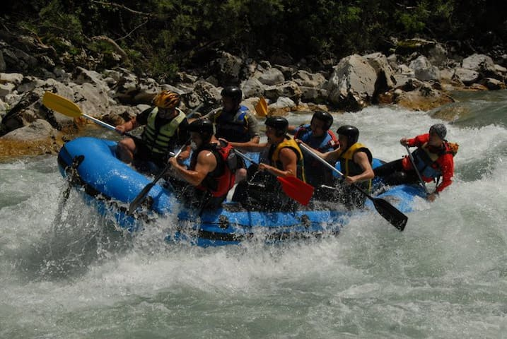 Camp Highlander / Rafting Tara - Foča