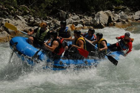 Camp Highlander / Rafting Tara - Foča - Karavan/RV