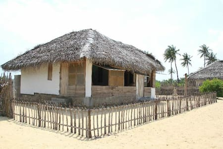 Sea Side Private Cottage - Puttalam