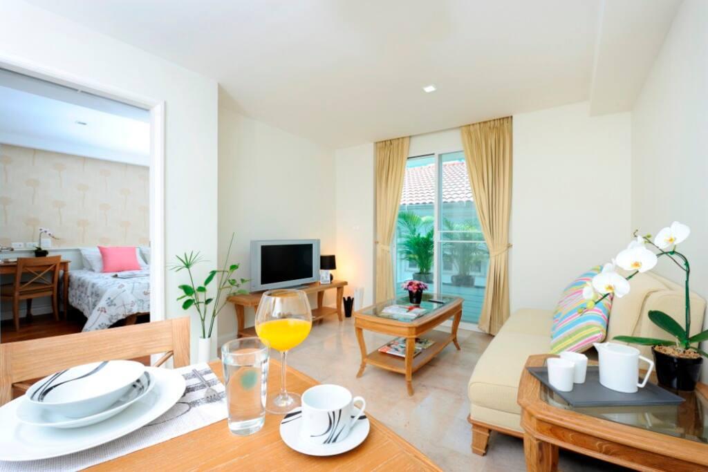 1-bedroom Sabai Sathorn Apartment