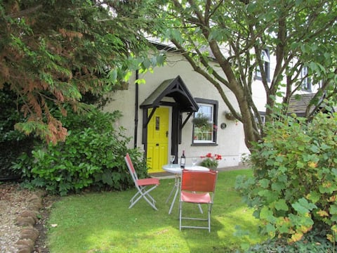 Cosy Romantic Cottage for 2