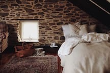 Image of bedroom taken by guest  @forestbound