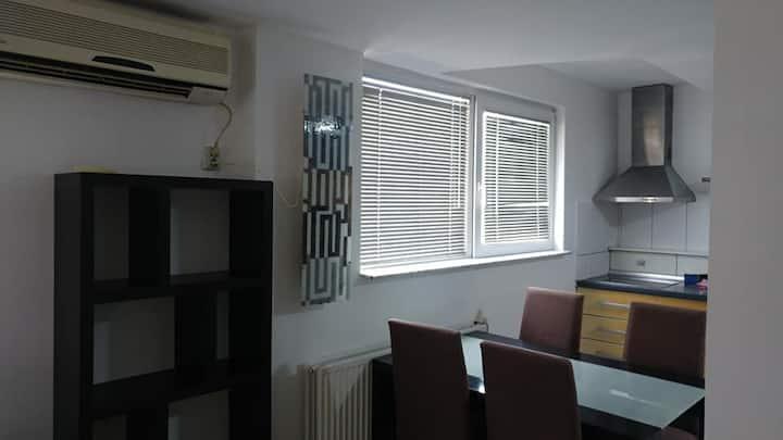 Modern flat + central location