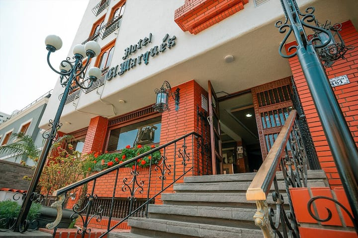 """Hotel El Marqués """"Habitación Doble privada"""""""