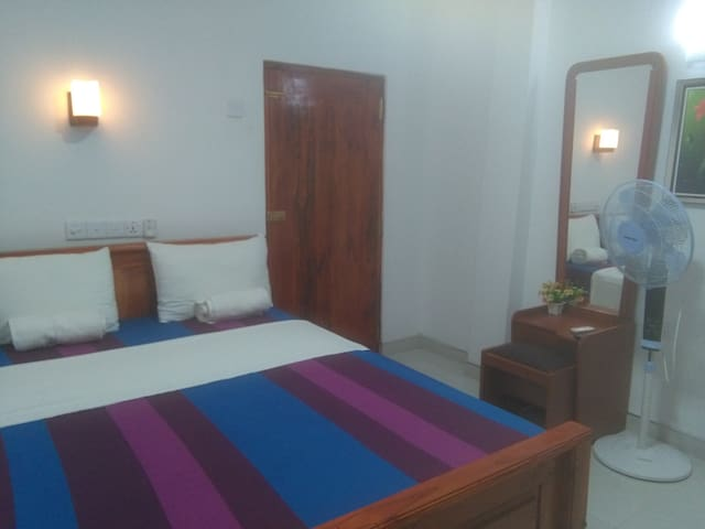 Hotel Camorich,