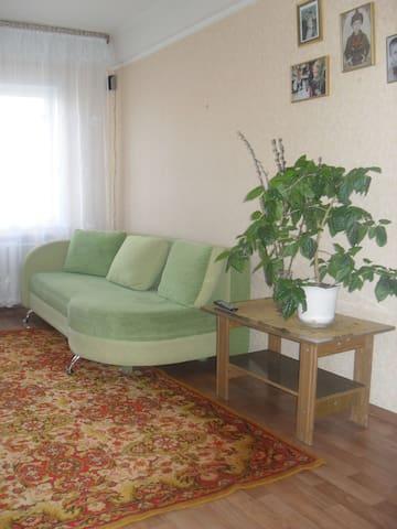 Срочно сдам квартиру до 30 июня  - Donetsk - Appartement