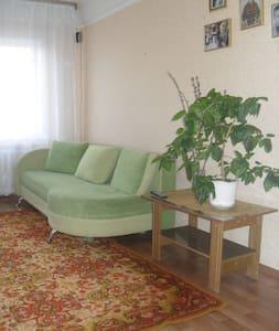 Срочно сдам квартиру до 30 июня  - Donezk - Wohnung
