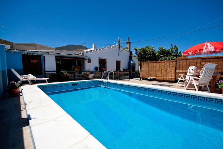 villa with private pool near lakes - Ardales - Villa