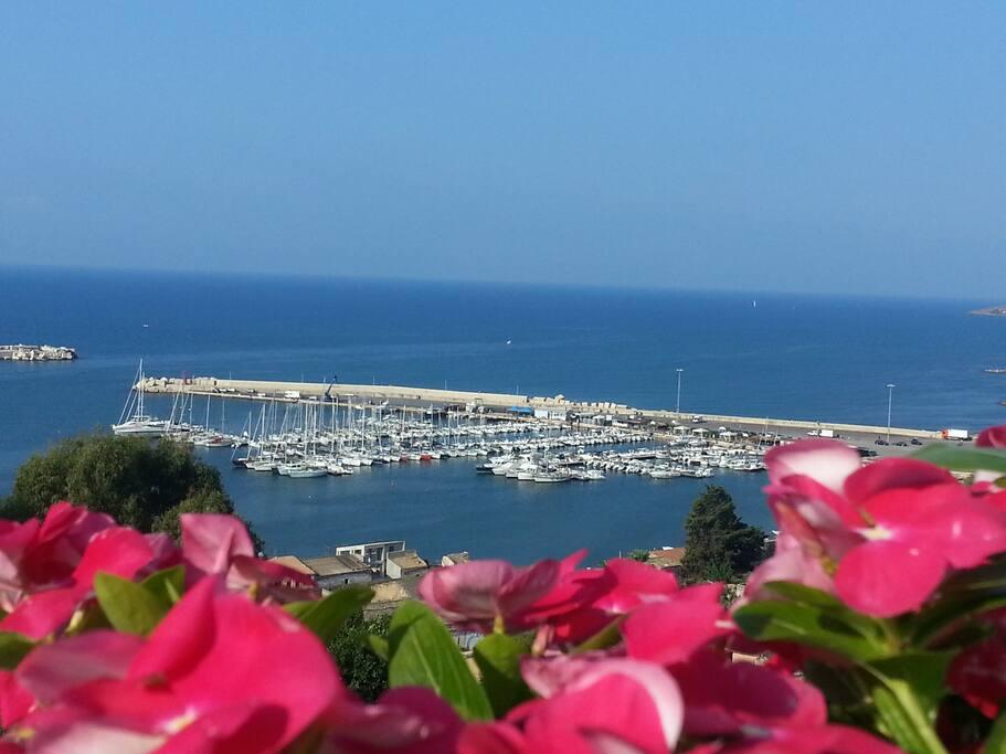 Esterni - Panorama Marino