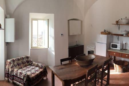 Appartamento centro storico - Rocca di Mezzo