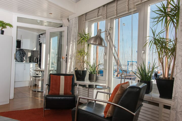 Near Amsterdam waterview apartment - Monnickendam - Departamento