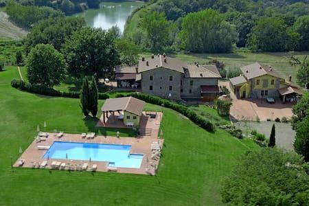 House Campagna, in Tuscany hills - Pergine Valdarno - Apartemen