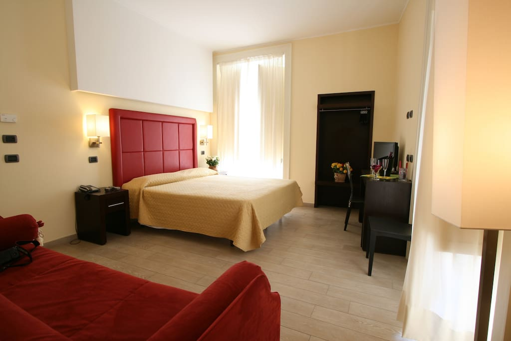 Blurooms chambres d 39 h tes louer sorrente campanie for Chambre hote 93