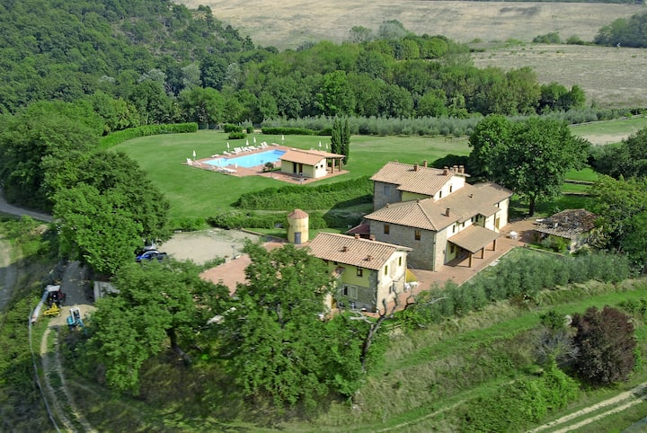 Pratomagno House in Tuscany hills