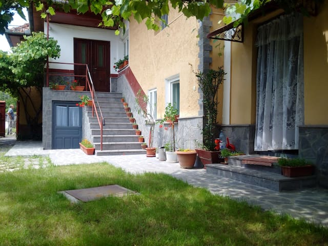 Casa Anna - Racoș - Rumah Tamu